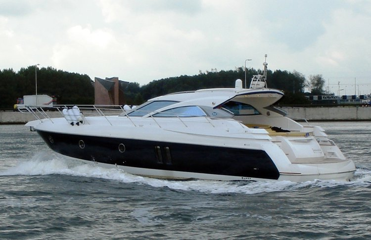 This 52.0' Sessa Marine cand take up to 6 passengers around Šibenik region