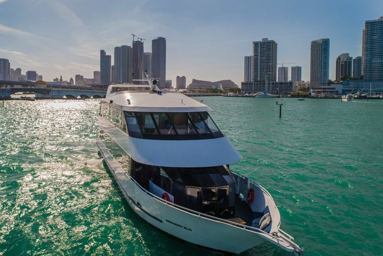 Skipperliner's 100.0 feet in Miami