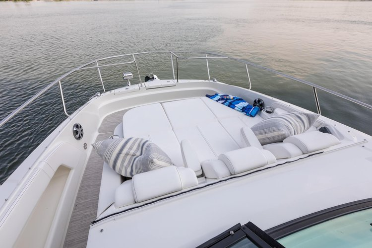 Boat for rent Sundancer 32.0 feet in Sag Harbor  (Marina across from Baron's Cove Motel), NY
