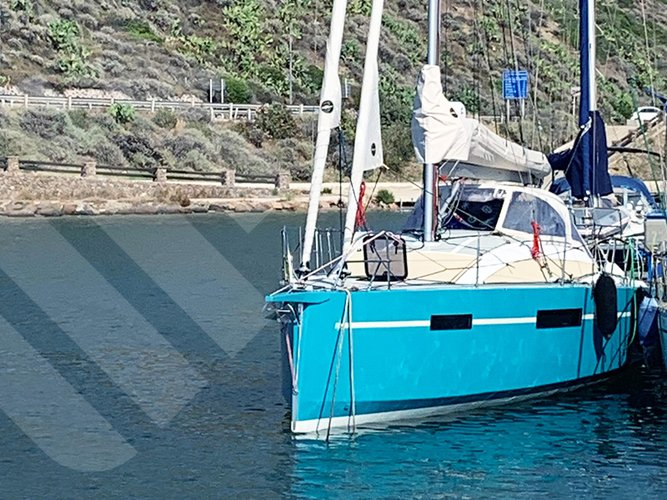 Experience Marseille on board this elegant sailboat