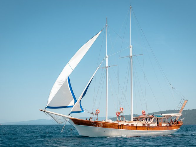 All you need to do is relax and have fun aboard the  Gulet Dona