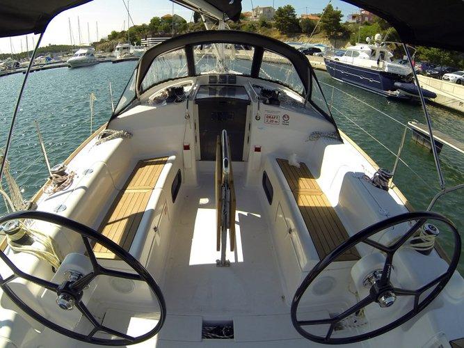 AD Boats's 37.0 feet in Šibenik region