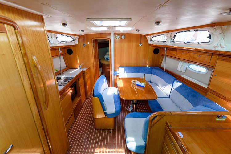 Discover Split region surroundings on this Bavaria 40 Cruiser Bavaria Yachtbau boat