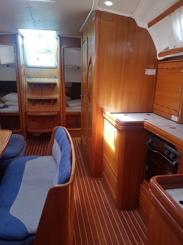 Discover Split region surroundings on this Bavaria 42 Cruiser Bavaria Yachtbau boat