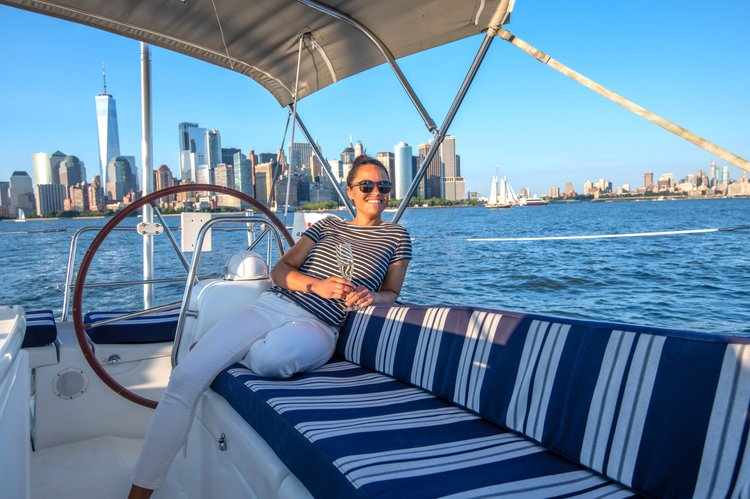 NYC Luxury Sailing with Deck & Cabin Lounge