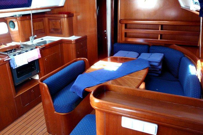 Cruiser boat rental in Marina de Lagos, Portugal