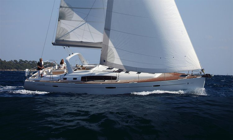 Unique experience on this beautiful Bénéteau Oceanis 50