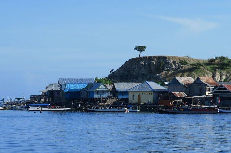Boat for rent Bira 32.0 feet in Labuan Bajo, Indonesia