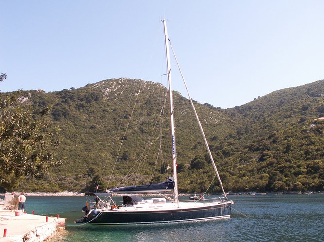 48.0 feet Cantiere Del Pardo (Grand Soleil) in great shape