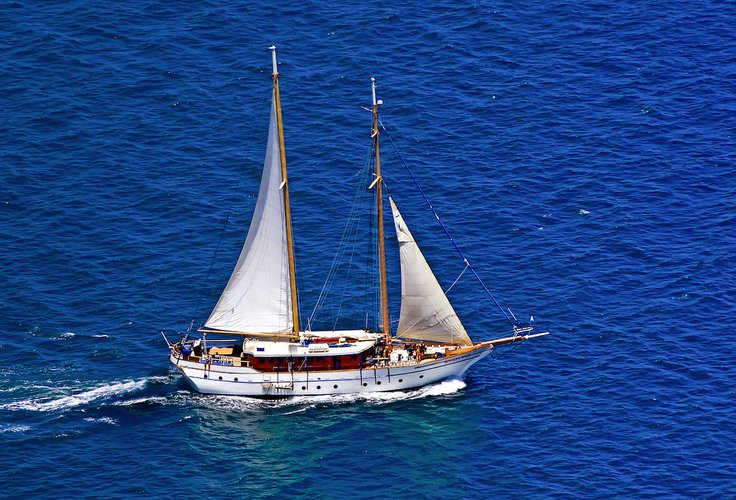 Sail the fascinating Fiji on a superb Schooner  for rent