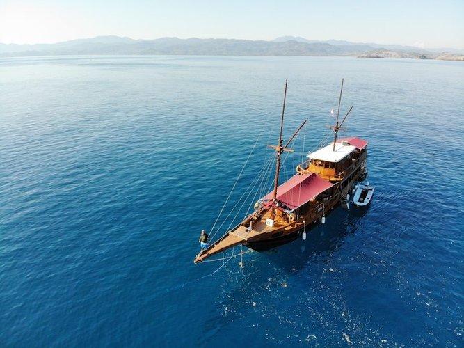 Boat for rent Custom 88.0 feet in Labuan Bajo, Indonesia