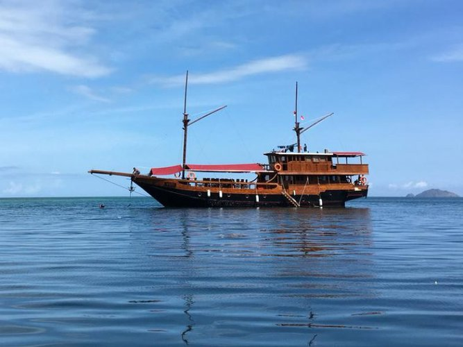 Hop aboard this amazing sail boat rental in Indonesia!