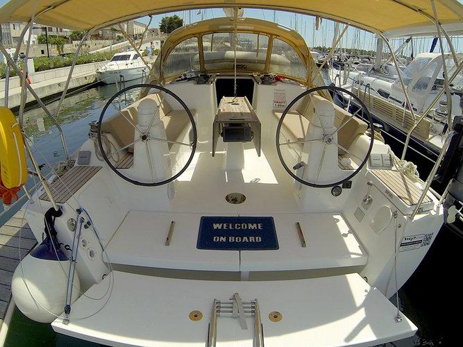 Boat for rent Dufour Yachts 33.0 feet in Marina Mandalina, Sibenik,