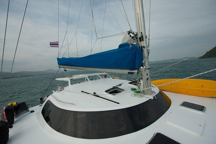Boat rental in Phuket 83100,
