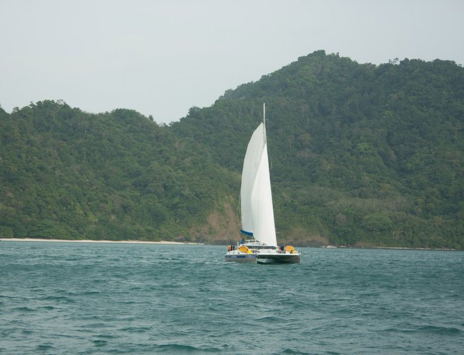 Boat for rent Faraway 48.0 feet in Phuket 83100,