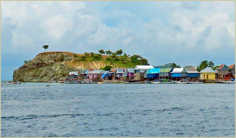 Boat for rent Jakarta 33.0 feet in Serangan Harbour, Indonesia