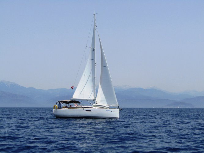 The perfect boat to enjoy everything Fethiye, TR has to offer