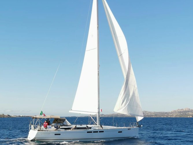 Enjoy luxury and comfort on this Jeanneau Sun Odyssey 519 in Capo d'Orlando