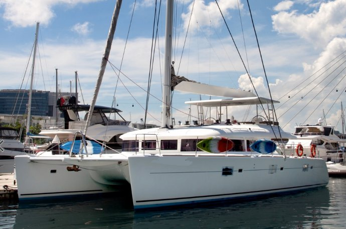 Discover Langkawi in style sailing on this catamaran boat rental