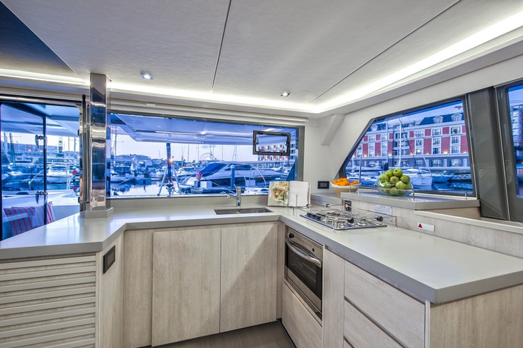 Boat rental in Auckland,