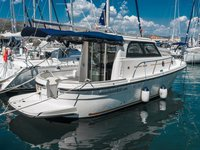 Enjoy luxury and comfort on this Trogir motor boat charter