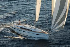 This sail boat rental is perfect to enjoy Auckland!
