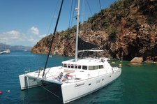 Sit back, relax and enjoy the water on this beautiful luxury catamaran