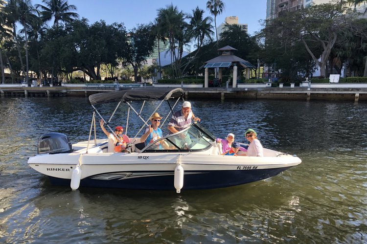 Rent this NEW 2019 Rinker QX18 OB Bowrider, for 8 People in Fort Lauderdale, FL