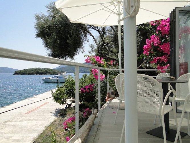 Monohull boat rental in Lafkada, Greece