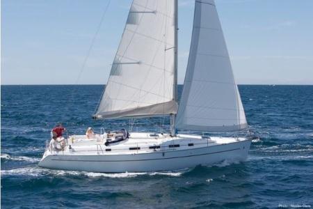 Sail Split region, HR waters on a beautiful Bénéteau Cyclades 39.3
