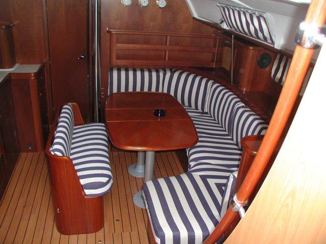 Discover Split region surroundings on this Oceanis Clipper 411 Bénéteau boat