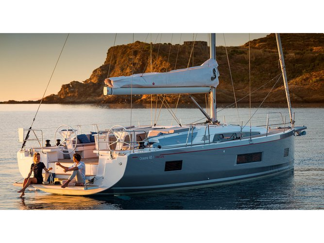 Sail the beautiful waters of Preveza on this cozy Beneteau Oceanis 46.1