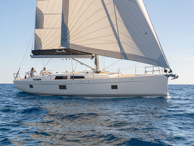 Hop aboard this amazing sailboat rental in Preveza!