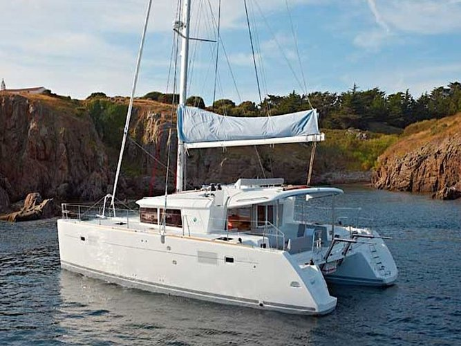 Experience Primošten on board this elegant sailboat