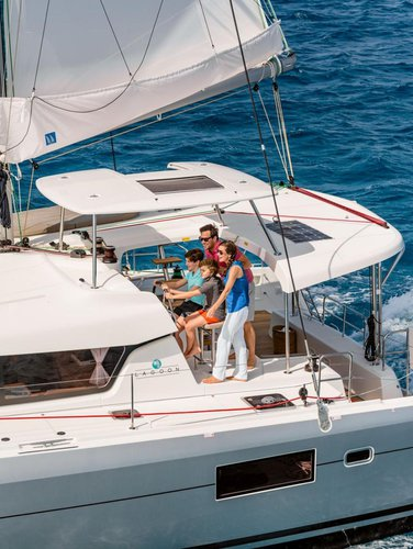 Boating is fun with a Lagoon-Beneteau in Dubrovnik region