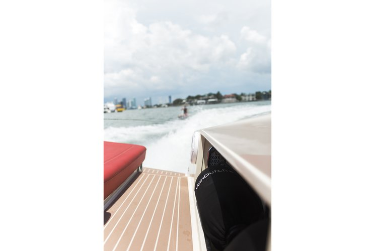 Discover Key Biscayne surroundings on this 30 VanDutch boat