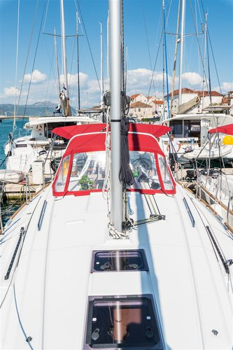 Boat for rent Bénéteau 37.0 feet in Marina Trogir – ACI, Croatia