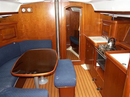 Boat for rent Beneteau 39.0 feet in Vinišće, Croatia