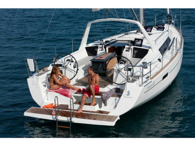 Enjoy Sukošan, HR to the fullest on our comfortable Beneteau Oceanis 41.1