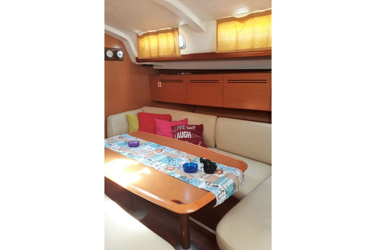 Boat for rent Beneteau 43.0 feet in Athens, Greece