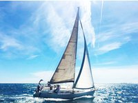 This motorsailer charter is perfect to enjoy Vinišće