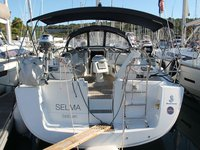 Experience Primošten, HR on board this amazing Beneteau Oceanis 43