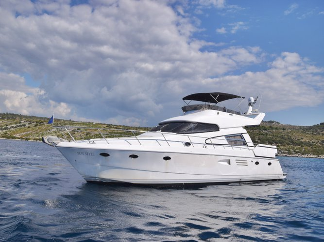Get on the water and enjoy Primošten in style on our  Johnson 56