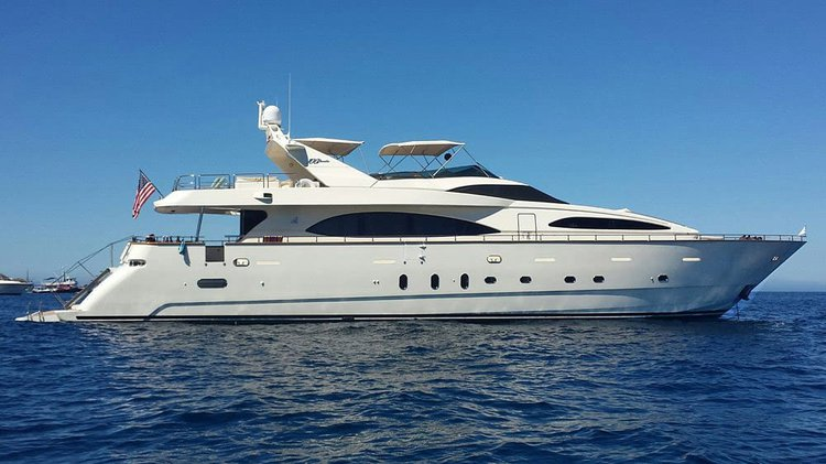 Rent this elegant motor yacht in Newport