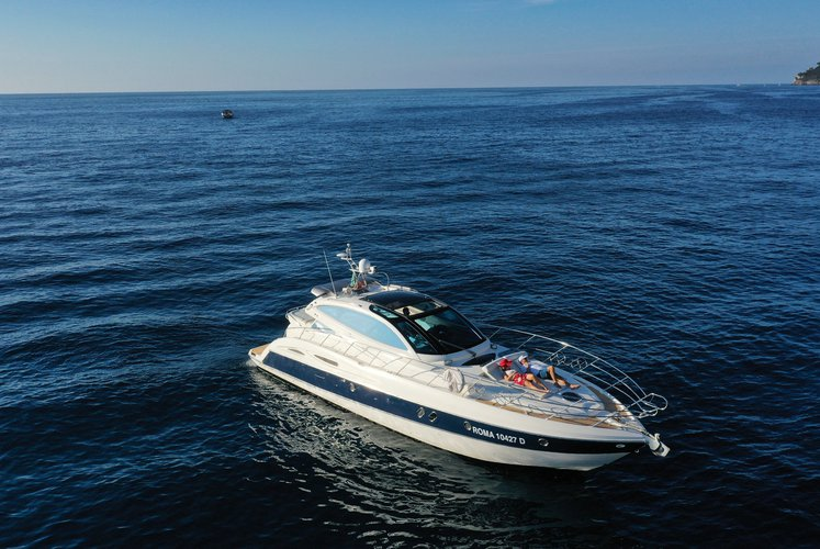 Motor yacht boat rental in Amalfi, Italy