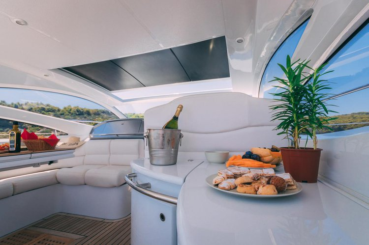Discover Split region surroundings on this Pershing 50 Ferretti Yachts Group boat