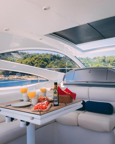 This 49.0' Ferretti Yachts Group cand take up to 6 passengers around Split region