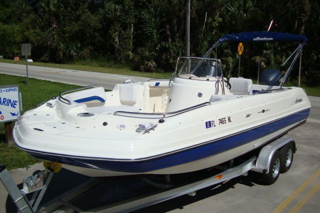 Up to 10 persons can enjoy a ride on this Deck boat boat