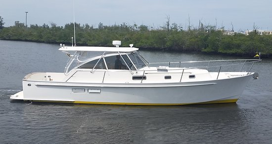 Motor yacht boat rental in Palm Beach Yacht Club, FL