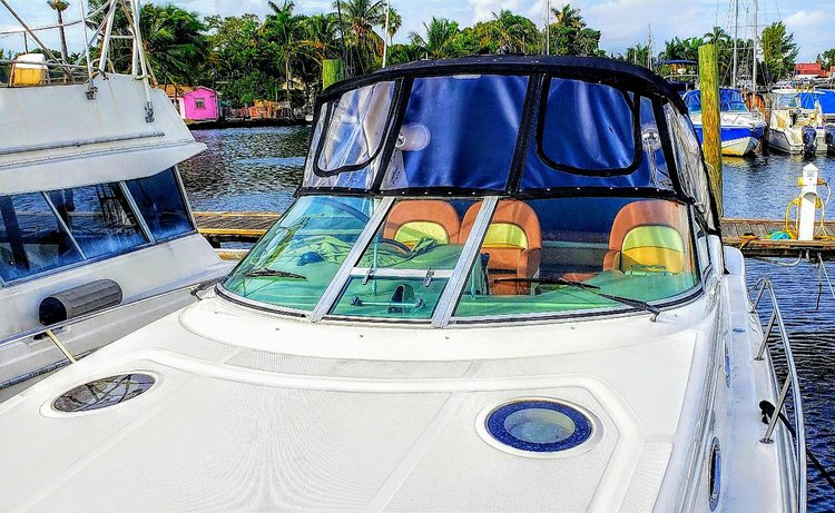 Discover Key Biscayne surroundings on this 340 Sundancer Sea Ray boat